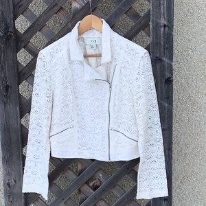 XX1 lovely lace lined jacket, side zip, pockets